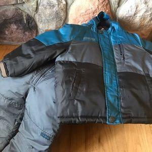 Boy's size 24 Months winter snow suit